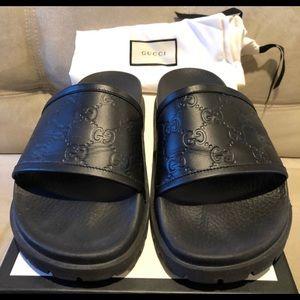 Men's Gucci Signature Slides